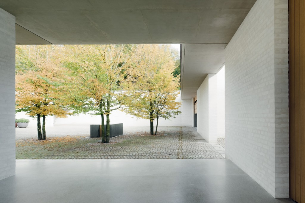 domus-07-chipperfield-fayland-house