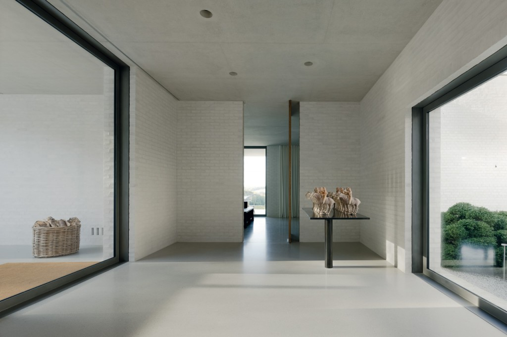 domus-10-chipperfield-fayland-house