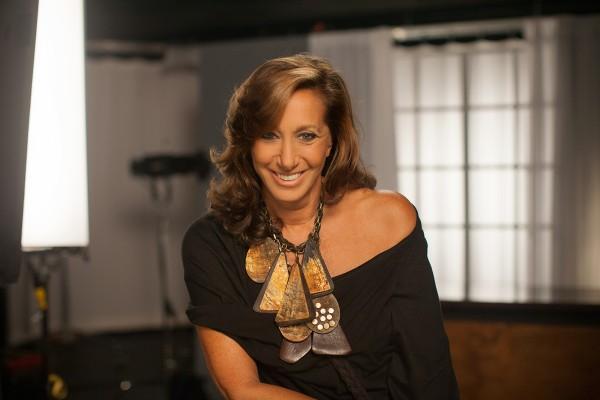 Donna Karan 告别同名品牌,她改变了美国女性穿衣方式