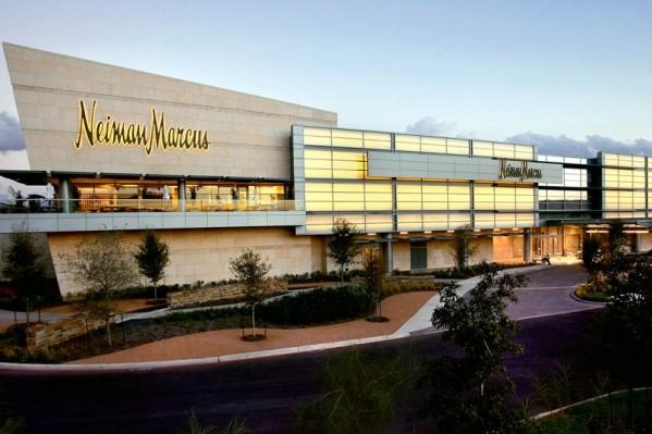 美国奢侈品百货集团 Neiman Marcus 计划出售四家门店的地产租赁权以筹集资金