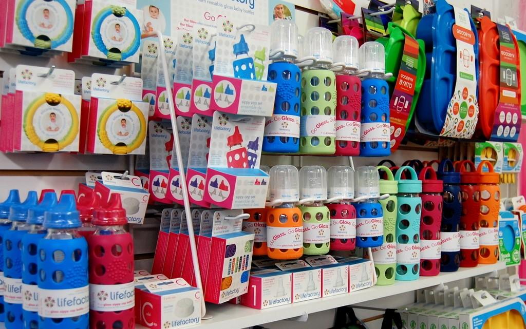 lifefactory-bottles-at-pufferbellies-1