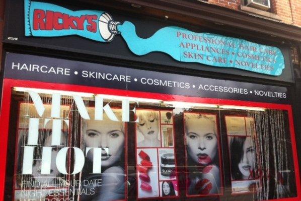 42岁达人老爸纽约SOHO开美妆小店,只售Instagram网红产品