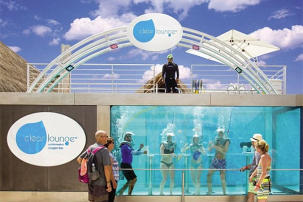 全球首家水下氧吧 Clear Lounge 落户墨西哥