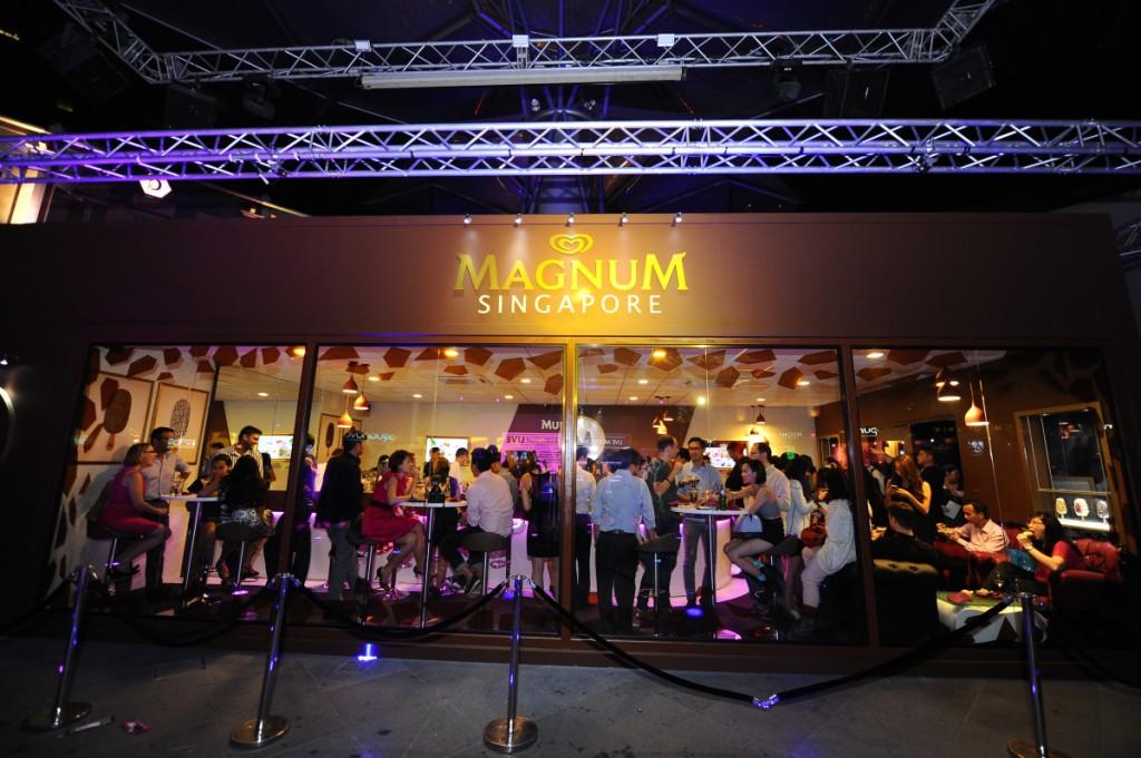 Pleasure-seekers-at-the-MAGNUM-SINGAPORE-Pleasure-Store