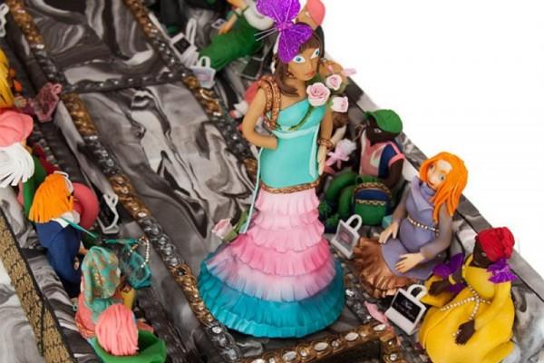 全球最贵蛋糕,镶有 4000颗货真价实的钻石价值7500万美元