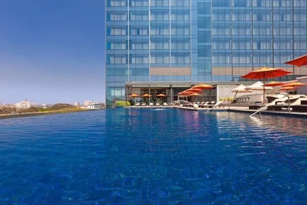三家中国公司力争成为收购喜达屋酒店集团的竞标者