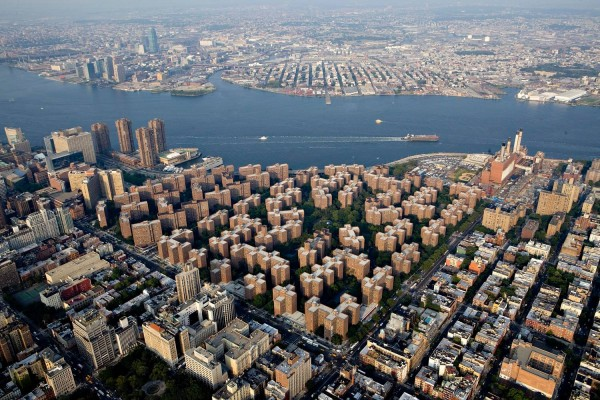 黑石集团或斥资 53亿美元收购纽约曼哈顿最大公寓区