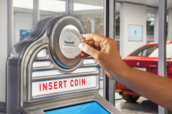 carvana_car_dealership_vending_machine_32