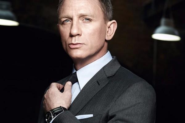 想穿戴得如同《幽灵党》中的 007 ?你需要制备齐这些行头!