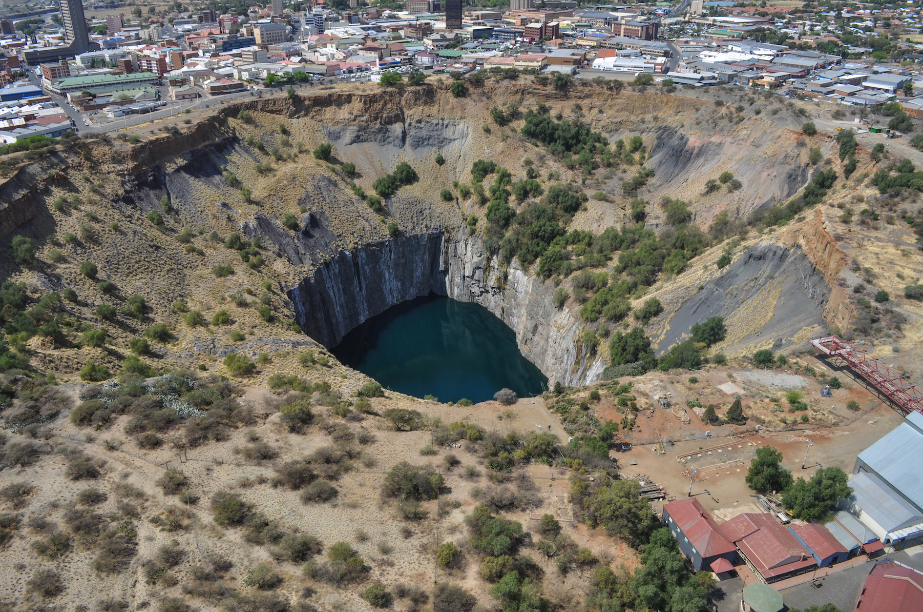 开采100多年后,De Beers 710万美元转手老钻矿