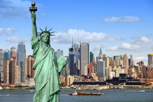 曼哈顿,吸引着全球的零售商的一块强力磁铁!