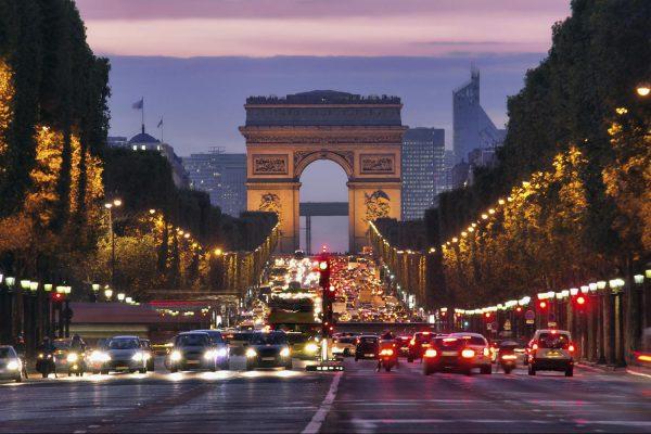 对抗污染,巴黎香榭丽舍大道将每月禁车一天