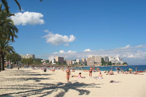 不只是阳光和沙滩,西班牙滨海旅游胜地积极转型