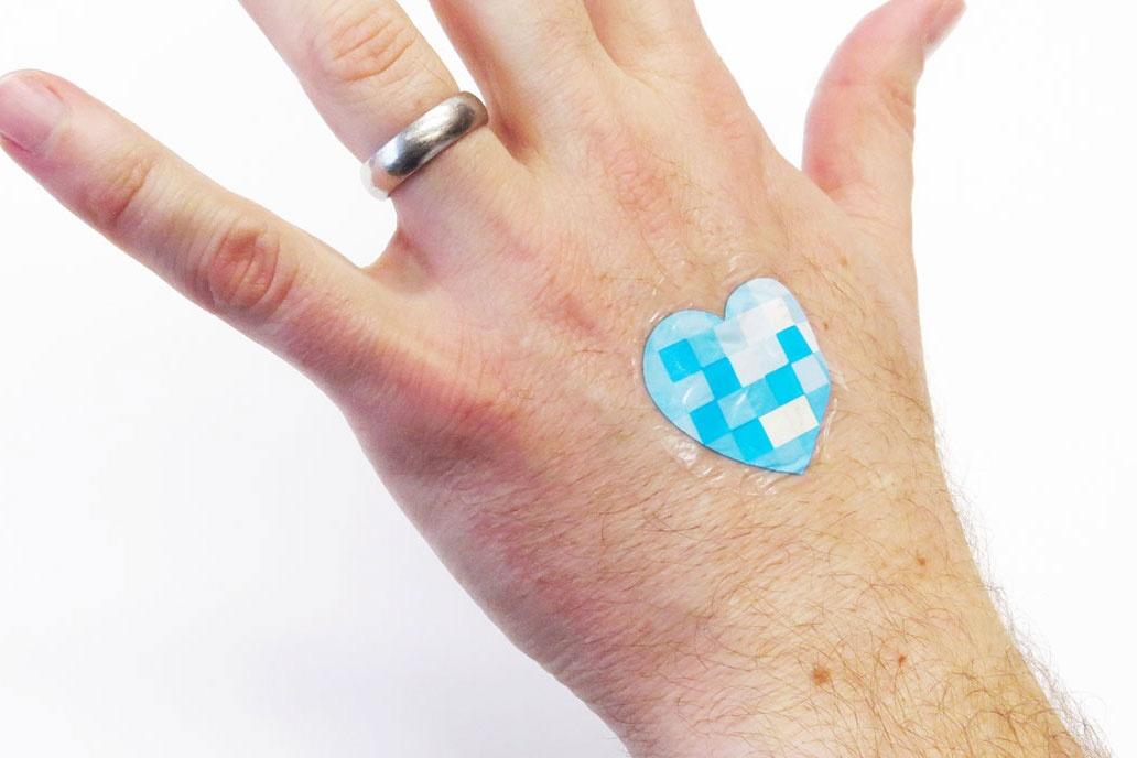 """欧莱雅集团首发可穿戴,旗下""""理肤泉""""将推出探测紫外线强度的柔性贴片-免费!"""