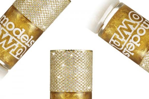 加州奢侈美甲店推出最贵指甲油,单瓶售价 13万美元
