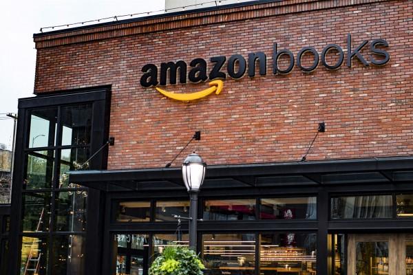 传言电商巨头亚马逊计划开设 400家实体书店