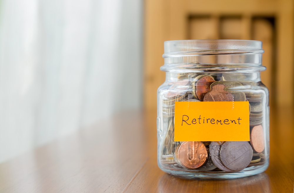 千禧一代的投资悖论:及时行乐还是存钱防老?