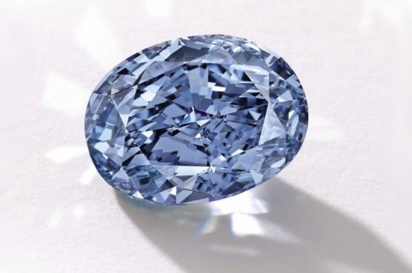香港苏富比10克拉蓝钻拍出3180万美元天价,刷新亚洲宝石拍卖纪录