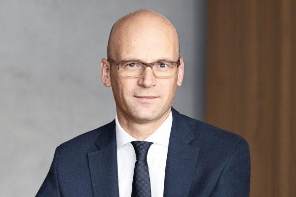 Hugo Boss 原首席财务官 Mark Langer 晋升品牌 CEO