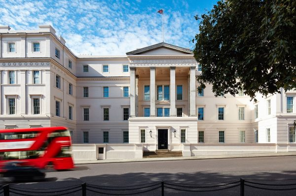 伦敦高档酒店陷入 09年来最低迷状态,第一季度入住率仅 65%