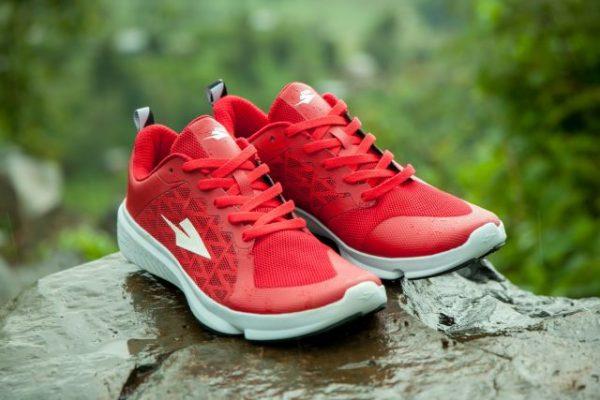 """""""长跑之乡""""肯尼亚有了自己的跑鞋品牌:Enda,配件来自中国东莞"""