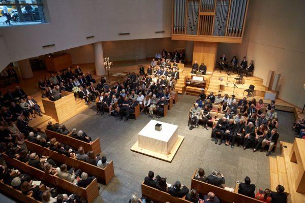 纽约地铁图设计者、传奇设计大师 Massimo Vignelli 遗作:自己的葬礼