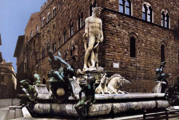 Ferragamo 出资 150万欧元翻修佛罗伦萨450年历史的海神喷泉