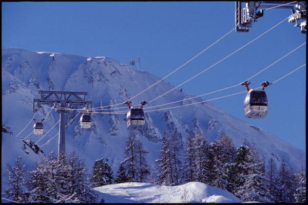 复星或收购法国休闲旅游集团 Compagnie des Alpes 15%股权,传谈判已进入后期