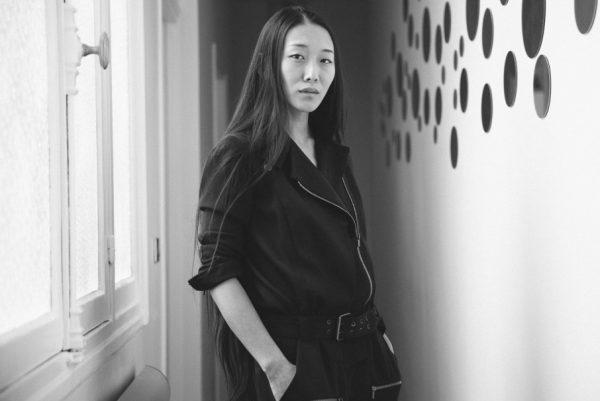 专注个人品牌,华裔设计师殷亦晴暂别巴黎高定时装周