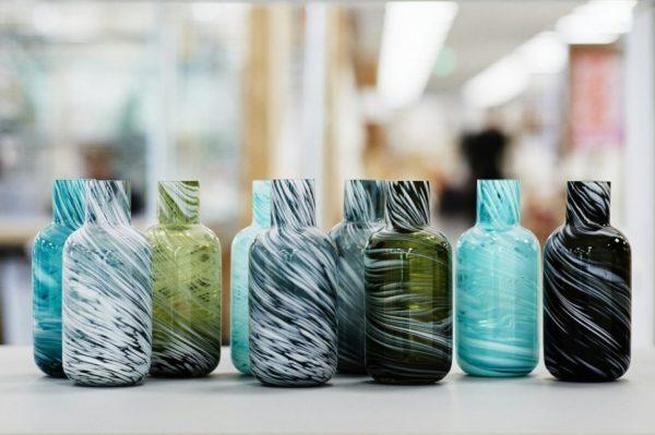 变废为宝,宜家三款新产品竟全由废弃塑料和残次玻璃制品回收制成