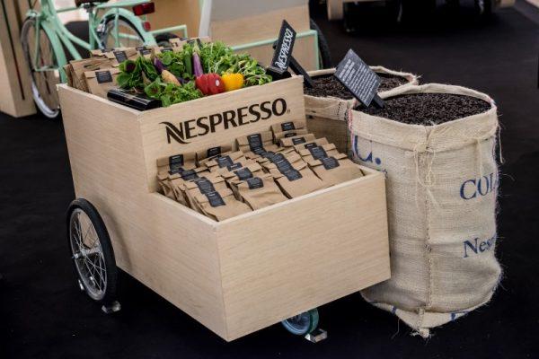 回收咖啡胶囊更简单!Nespresso 在新加坡推出移动咖啡吧