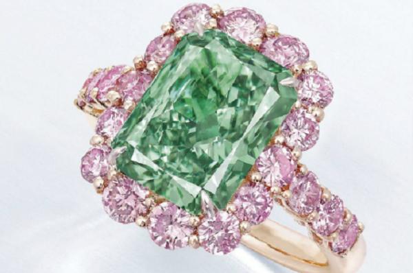 周大福 1680万美元拿下拍卖史上第二颗绿钻,刷新两项新世界纪录