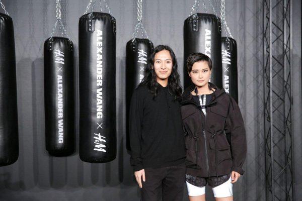 "Alexander Wang 为李宇春设计""2016野蛮生长巡回演唱会""演出服"