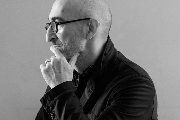 爱马仕入股常年合作的设计师 Pierre Hardy个人同名品牌 ,助其进军国际市场