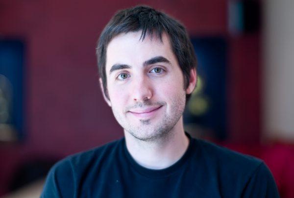 """Digg创始人开启奢侈手表发烧友新事业,资深硅谷技术男变身""""数码反对派"""""""