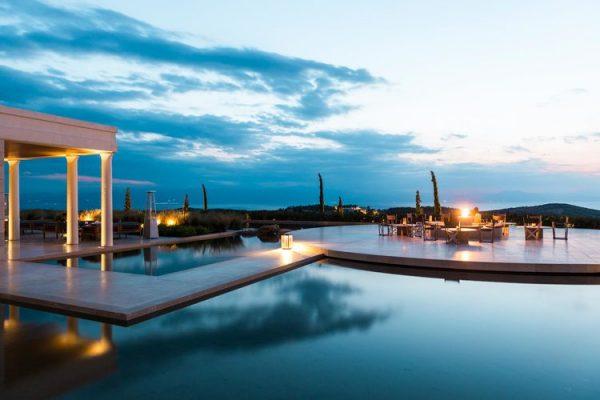 今夏欧洲最贵的十大酒店,希腊 Amanzoe 位居第一,意大利独占七席