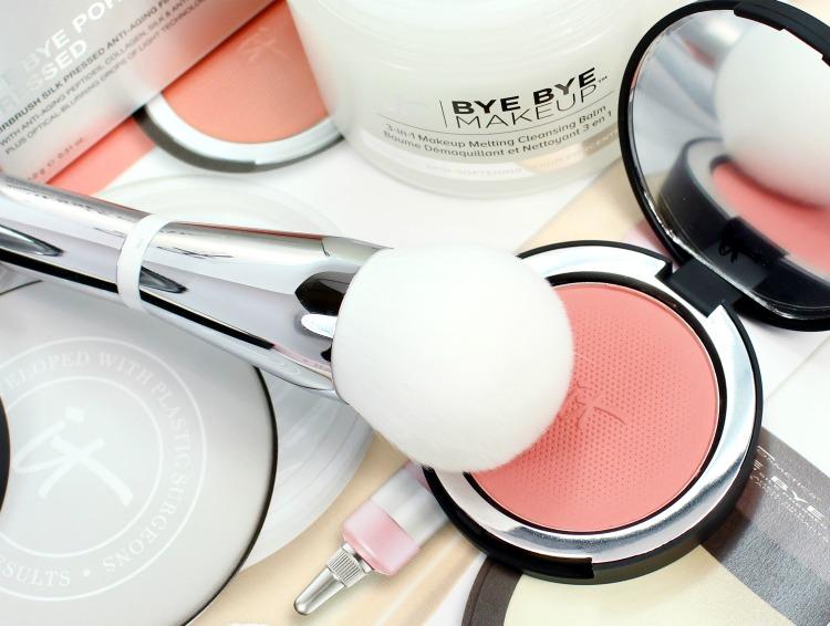 IT-Cosmetics-Heavenly-Skin-Bye-Bye-Pores-Powder-Brush-review