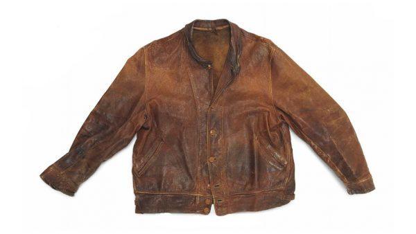 Levi's 李维斯公司出手11万英镑拍下爱因斯坦穿过的旧夹克