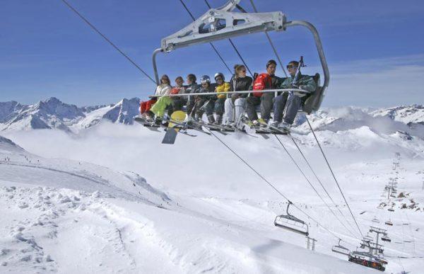 复星拟收购法国滑雪场运营商 Compagnie des Alpes 部分股权遭到当地官员反对