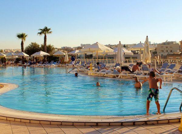 全球五大酒店业巨头最新季报盘点:压力之下有喜有忧,整体呈增长态势
