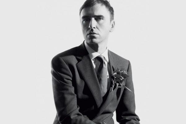 Raf Simons 确认加入Calvin Klein,全权负责品牌所有产品线的创意工作