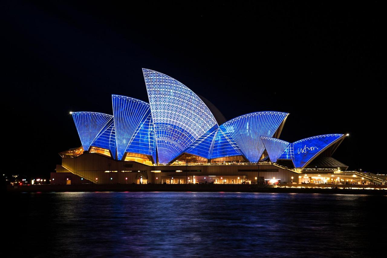 海外代购热潮从奢侈品转向日用消费品,澳洲代购多达40万