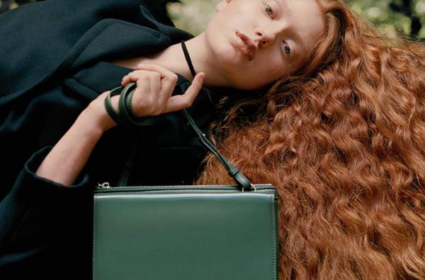 曾经一蹶不振的时尚老牌又有起色:Esprit 扭亏为盈,FCUK 销售恢复增长