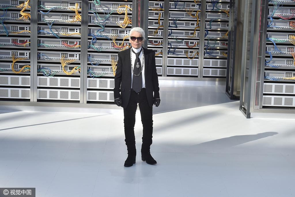 Karl Lagerfeld 又开金腔:我从来不会谈论什么值得买!