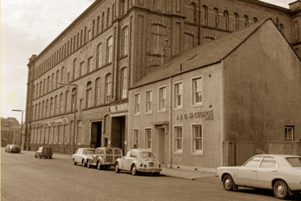 苏格兰最古老的奢华羊绒品牌 McGeorge of Scotland 将于 2017年卷土重来