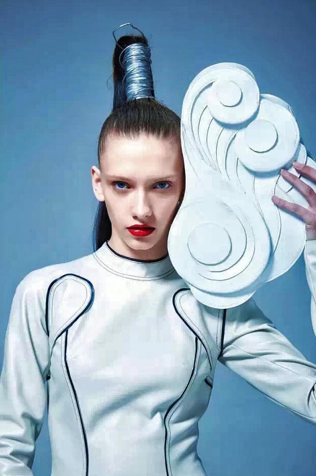 上海时装周合作云朵包
