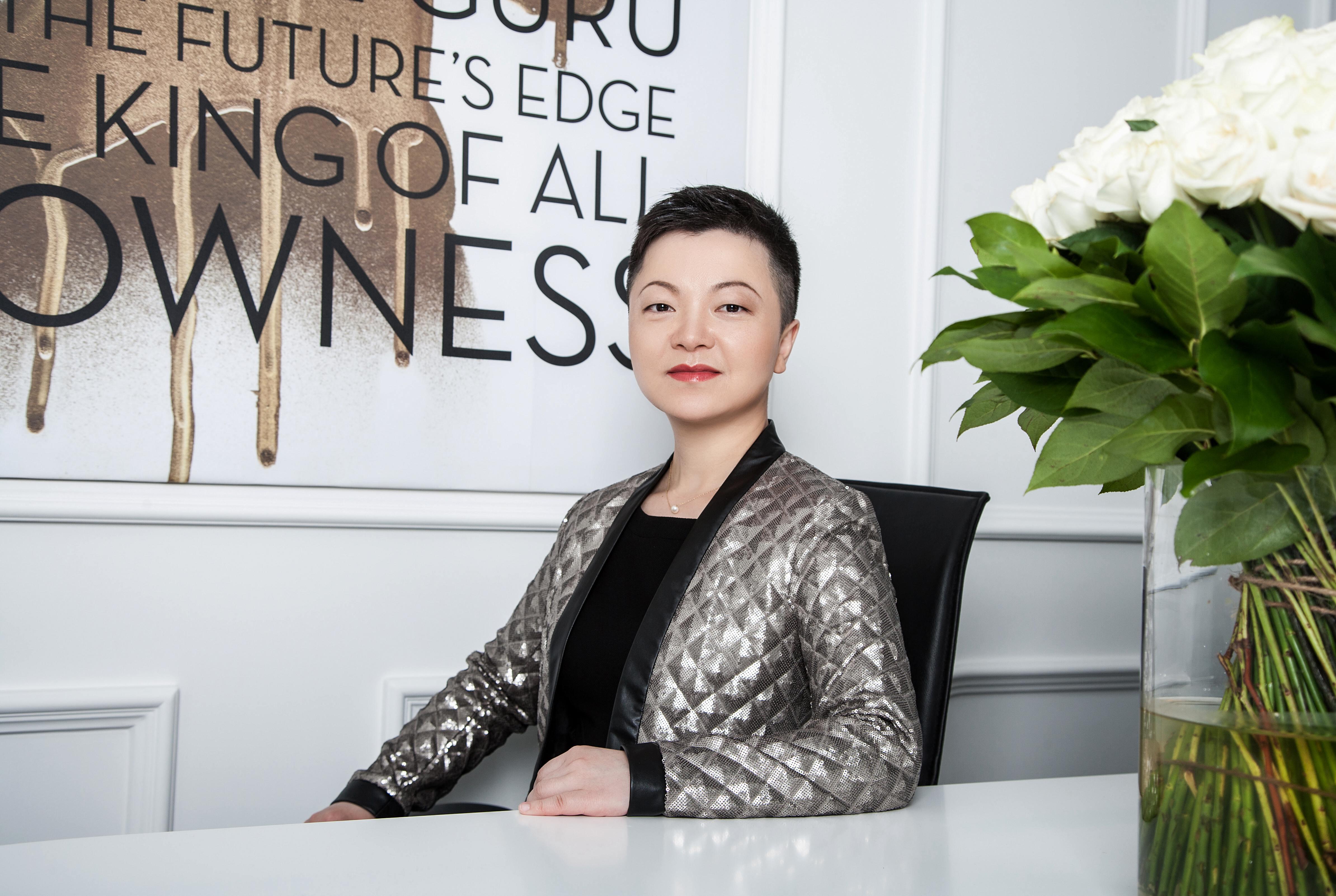 如何把时尚界最强IP打造成新一代轻奢品牌《华丽志》对话KARL LAGERFELD大中华区CEO张炯女士