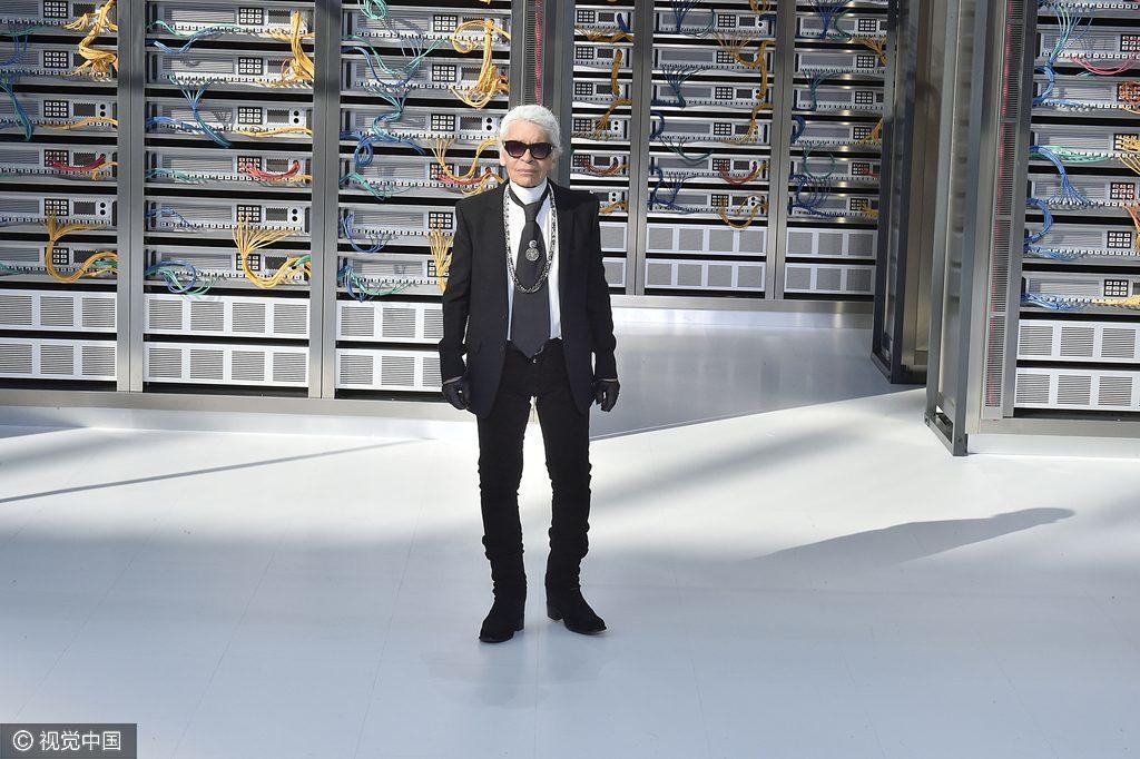 Karl Lagerfeld 最新传记提上日程,将由其生前密友、美国时尚作家 William Middleton执笔