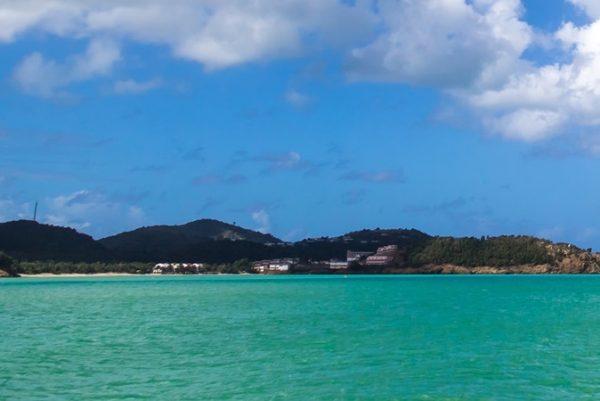 好莱坞巨星 Robert de Niro 投资的巴布达岛水上奢侈酒店项目获当地政府批准
