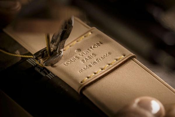 力挺美国制造:私募基金 LongWater 收购百年制袜商 Fox River Mills